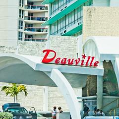 Deauville Beach Resort Goldfinger
