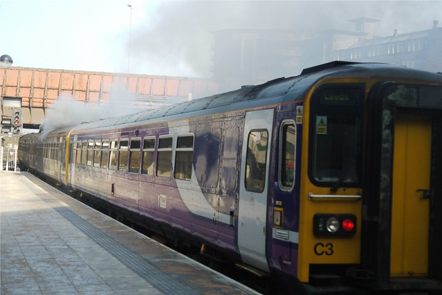 Smoky Class 155/153, Manchester Victoria