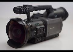 digital camera(0.0), single lens reflex camera(0.0), digital slr(0.0), reflex camera(0.0), cameras & optics(1.0), camera(1.0), video camera(1.0), camera lens(1.0),