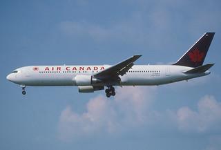 178bt - Air Canada Boeing 767-36NER; C-GHLV@ZRH;29.06.2002