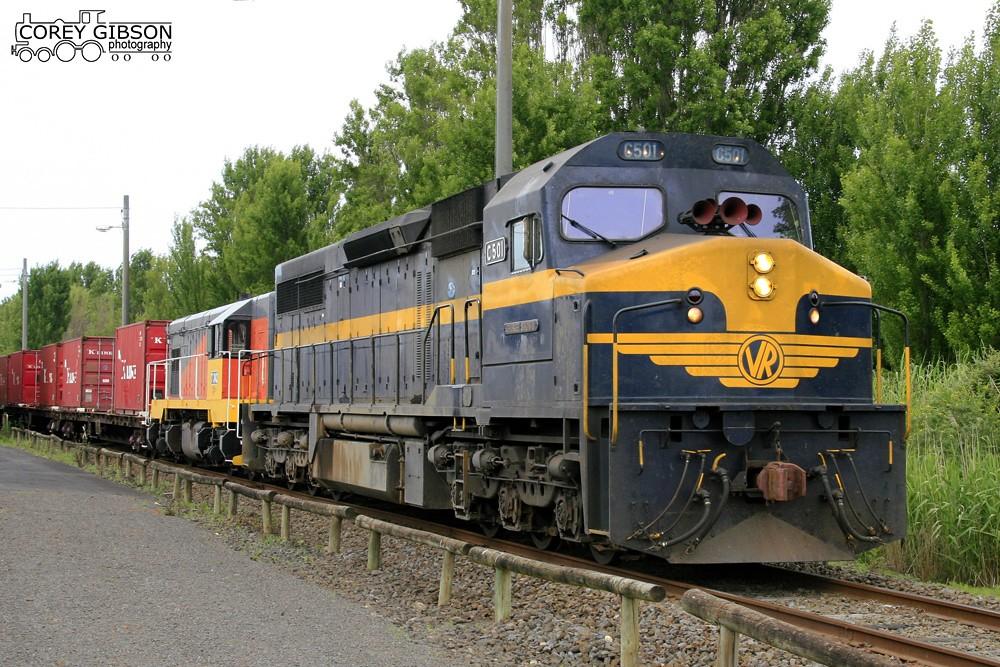 C501 & T342 in Portland Yard by Corey Gibson