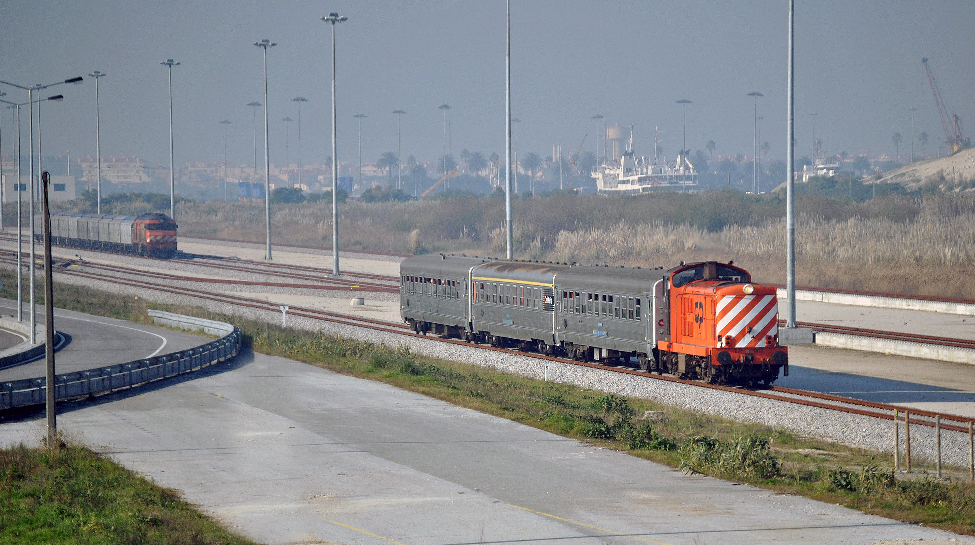 speed dating aveiro Inside portugal: trains and buses alfa pendular high-speed tilting trains operate many of this takes a tortuous inland route between aveiro and espinho it.