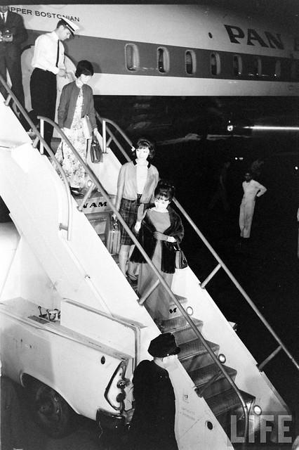 Mme. Nhu's Arrival (3)
