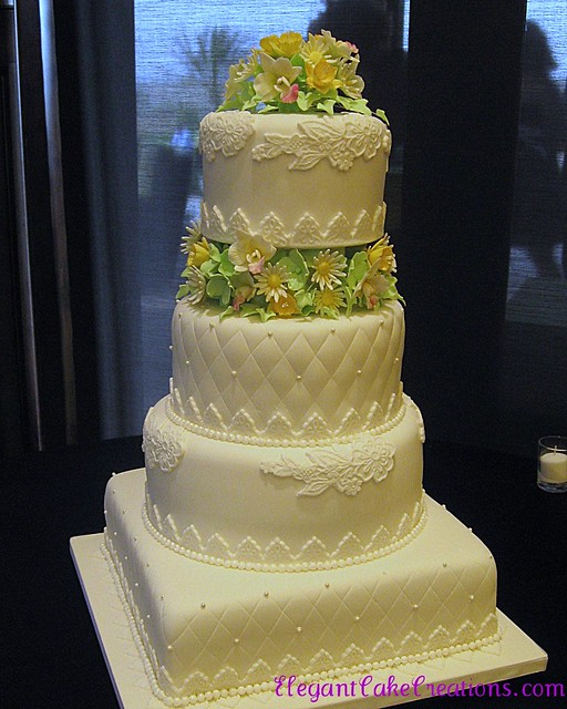 Quilt Pattern Wedding Cake : Quilting & Lace Wedding Cake Flickr - Photo Sharing!