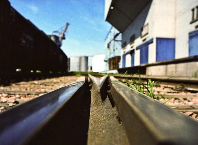 switch & track