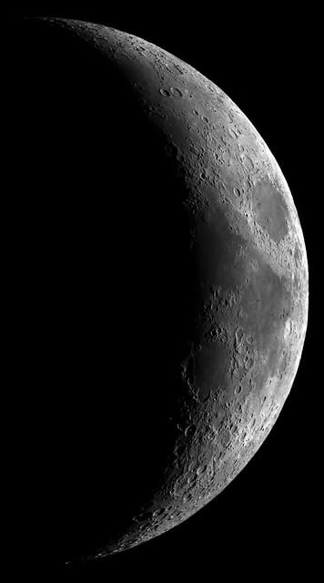 Crescent Moon -- 100% crop | Flickr - Photo Sharing!