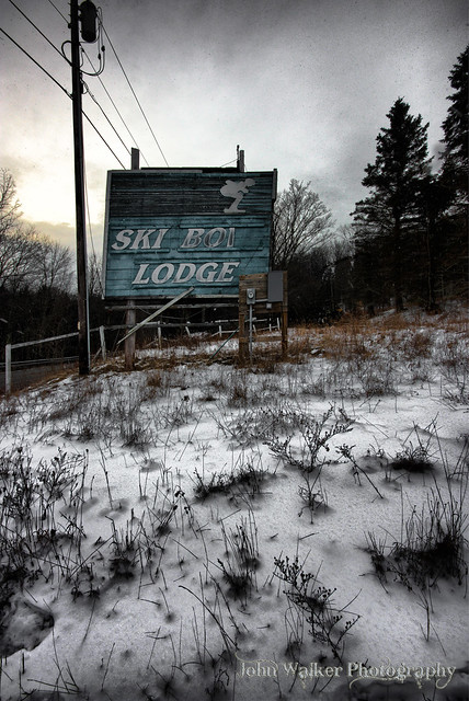 Ski Bowl Lodge