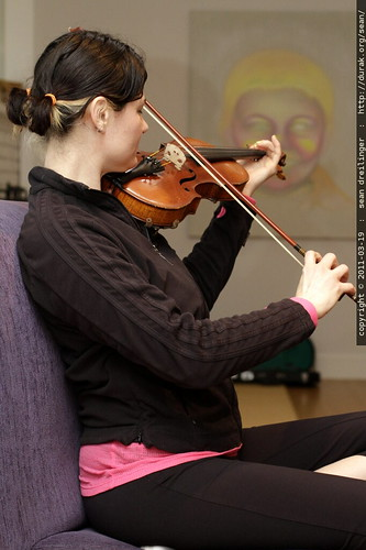rachel and her pigtails on violin