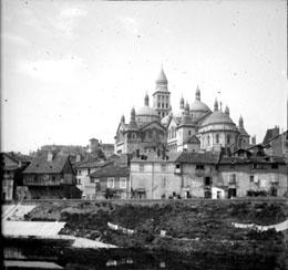 Vue générale de la cathédrale Saint Front, Périgueux