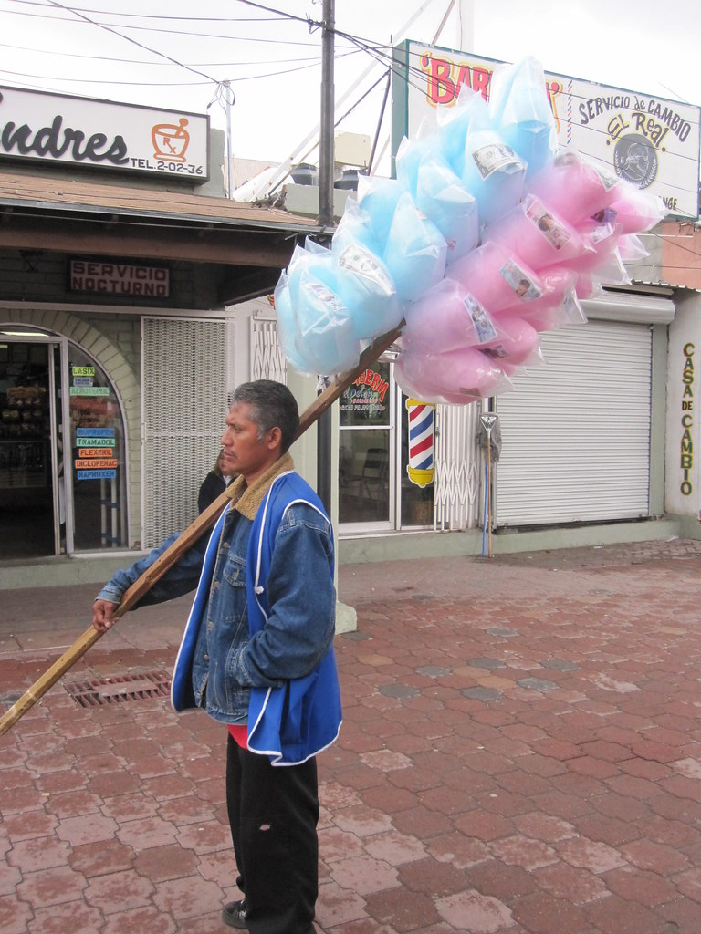 Cotton Candy for sale in Nogales Sonora Mexico