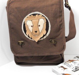 Lion Safari Bag - ArtsiBitsi.etsy.com