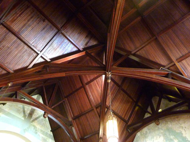 P1080479-2011-03-12-Inman-Park-Methodist-Ceiling