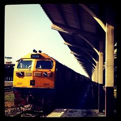 รถไฟช้า คิดถึงนะเธอ