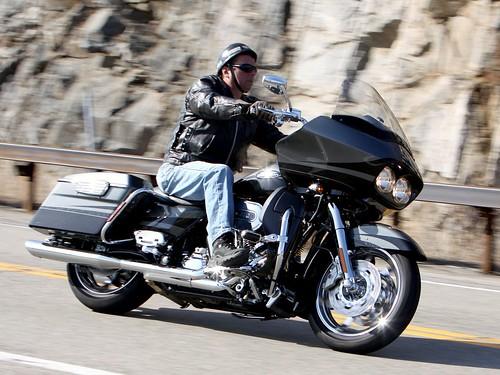 Harley-Davidson Road Glide 1103208669w