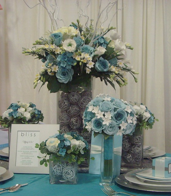 Etsy Tiffany Blue Centerpiece