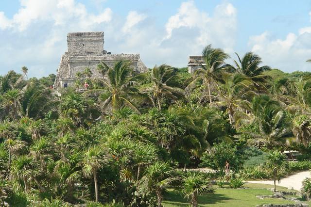 Ciudad de Tulúm, situada en un enclave maravilloso, al borde del mar Qué visitar en Yucatán en México - 5460816177 2b6ddfc201 z - Qué visitar en Yucatán en México
