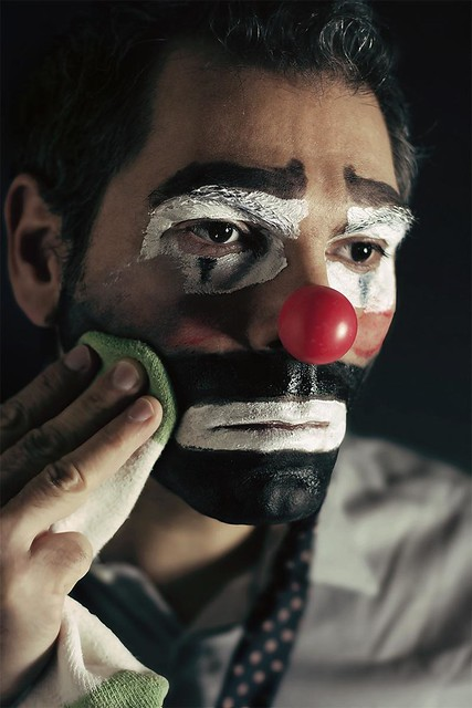 5467772617 8f153b3eff z [Pics] Flickr Spotlight #8 – Depressed Clowns