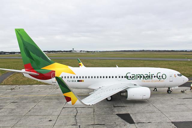 Camair-Co Boeing B737-700