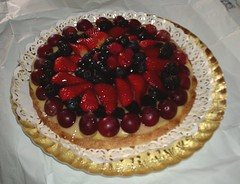 pavlova, strawberry pie, baked goods, frutti di bosco, produce, tart, fruit, food, dish, torte, cuisine,