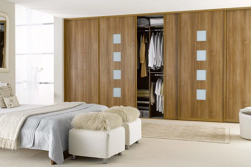 Fitted wardrobe is an ideal option for small bedrooms for Fitted bedroom designs small rooms