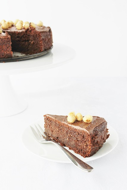 Flourless Hazelnut Cake with Homemade Nutella