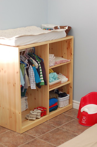Montessori ici evolution of a room - Armarios de habitacion ikea ...