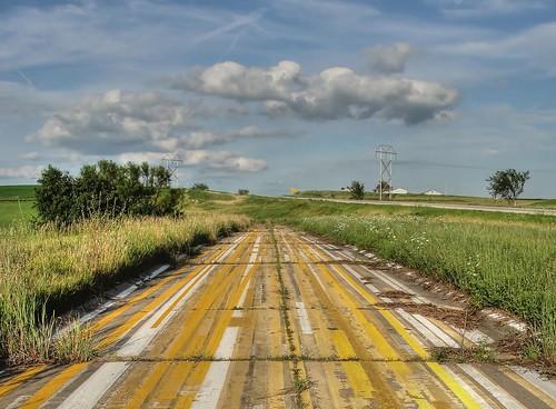 road summer abandoned highway iowa route roadside striped adamscounty corning striping us34