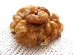 vegetable(0.0), fried food(0.0), produce(0.0), snack food(0.0), nuts & seeds(1.0), tree nuts(1.0), food(1.0), dish(1.0), cuisine(1.0), nut(1.0),