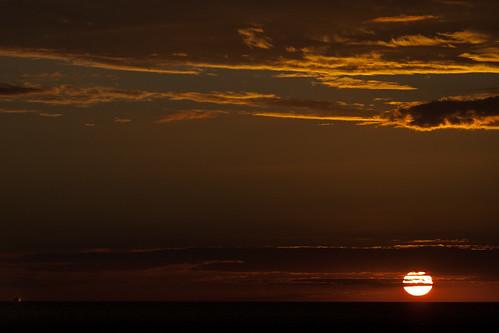 Cruise versus Sun | 110308-1778-jikatu