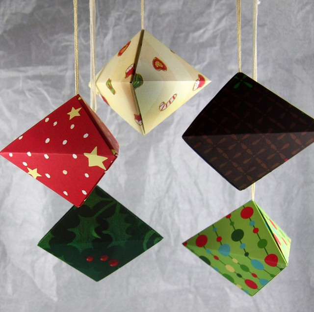 Picture Of Diy Origami Ornaments: Origami Christmas Ornaments
