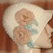 Chapéu Nude com flores