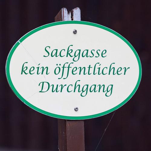 Kein Durchgang; copyright 2014: Georg Berg