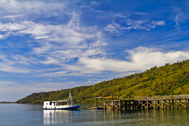 Boat to Komodo National Park - Flickr CC Adhi Rachdian