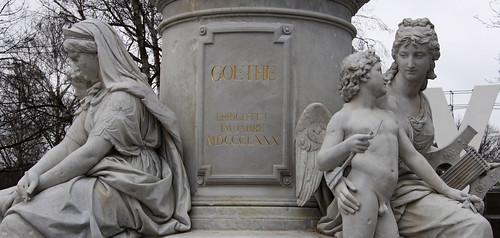 Sockel1 Goethe