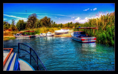 lake water canon eos syria hdr 450d touraroundtheworld