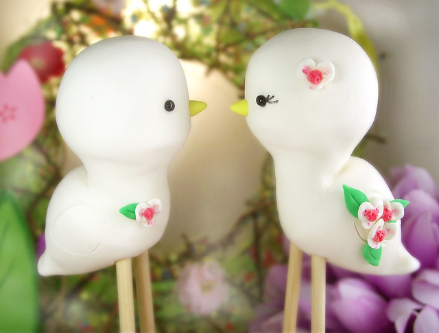 Love birds wedding cake toppers White orchids with fuchsia center