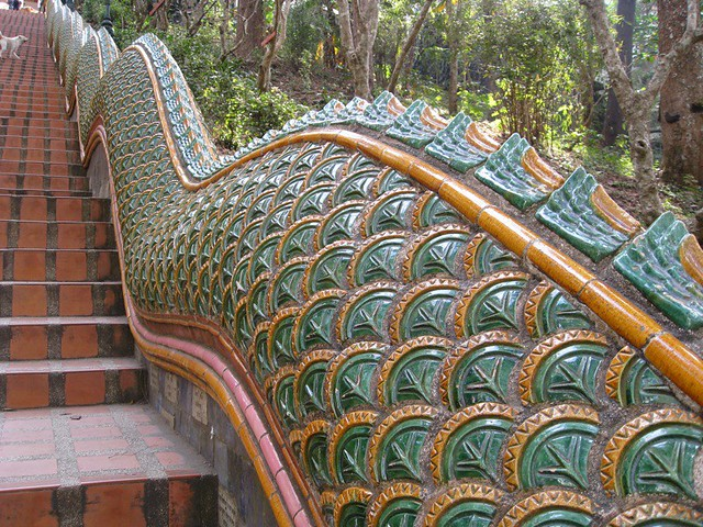 dragon staircase