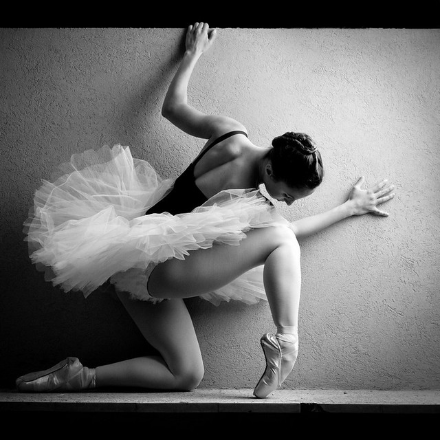 5728356864 03dd6b980e z [Pics] Flickr Spotlight #11 – Amazing Photos Of Dancers