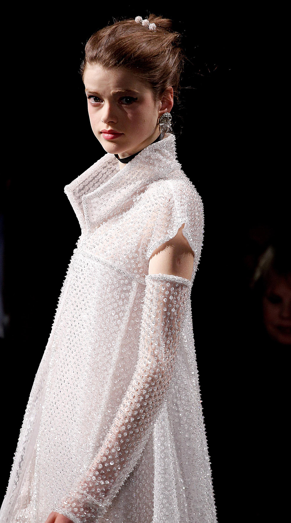 Diamonds wood chanel haute couture s s 2011 details part ii for The history of haute couture