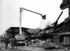 gedenkfeier 1971 starben drei feuerwehrleute bei linde brandkatastrophe in kostheim. Black Bedroom Furniture Sets. Home Design Ideas