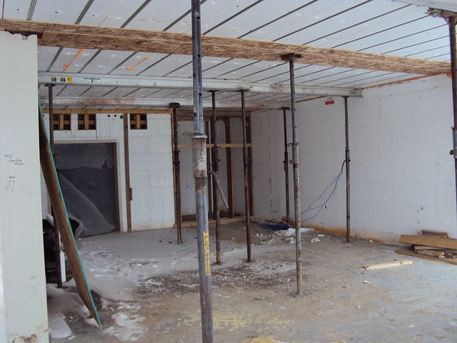 Shoring Up A Floor : Temporary shoring for amdeck flickr photo sharing