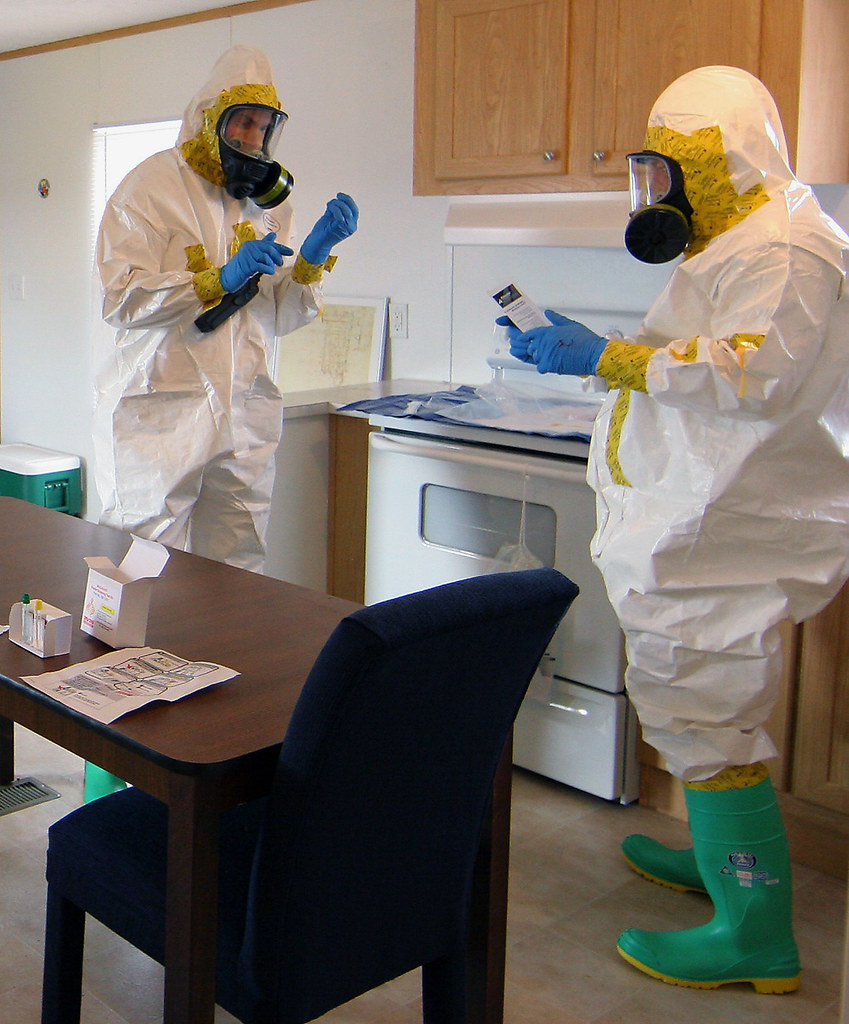 HAZMAT technicians train with National Guard and local emergency response agencies