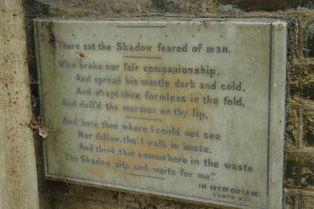 El realmente interesante leer las inscripciones de las lápidas highgate cemetery - 5517737486 a6c0ecdb9e o - Highgate Cemetery de Londres, donde a la muerte se le llama arte