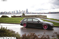 f540-brushed-raspberry-audi-a4-avant-side