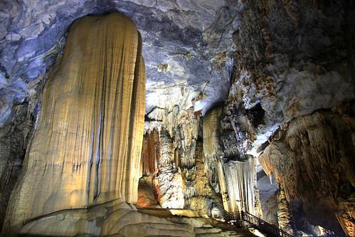 Paradise Cave - Động Thiên Đường