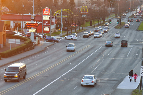 People walking - SE Powell at 93rd-1