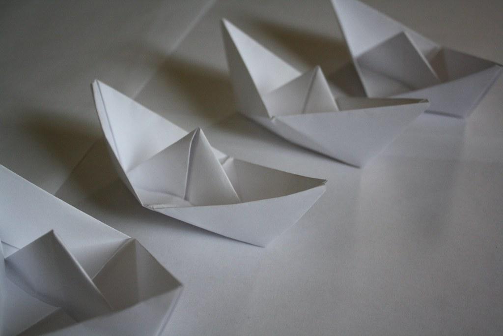 Napkin Folding Boat Napkin Folding Battenburg Lace