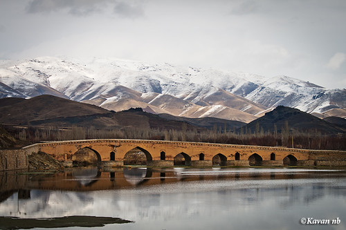 bridge cloud mountain lake snow reflection canon landscape ancient iran iranian kurdistan sanandaj kavan kordestan 400d qeshlaq iranmap gheshlagh 70200lf4isusm iranmapcom
