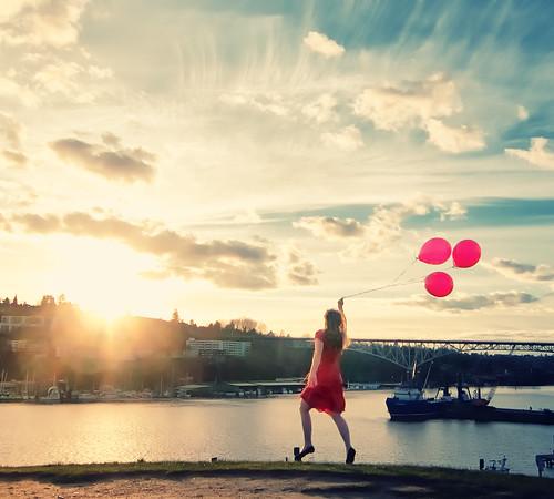 seattle park red sky sun girl beautiful clouds washington crossprocessed model dress hill balloon young running covert gasworkspark subtle youngatheart