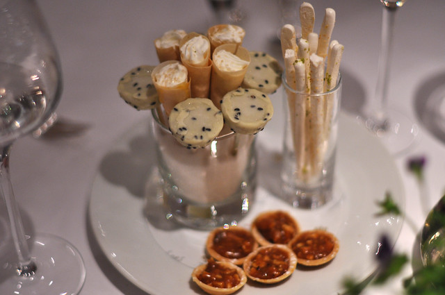 Restaurant le jardin des sens sm kager med karamel og for Restaurant le jardin montpellier